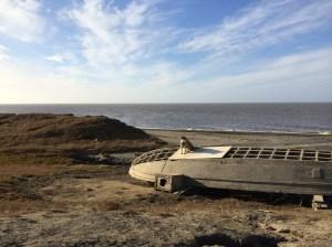dog-boat-arctic-ocean-barrow-alaska