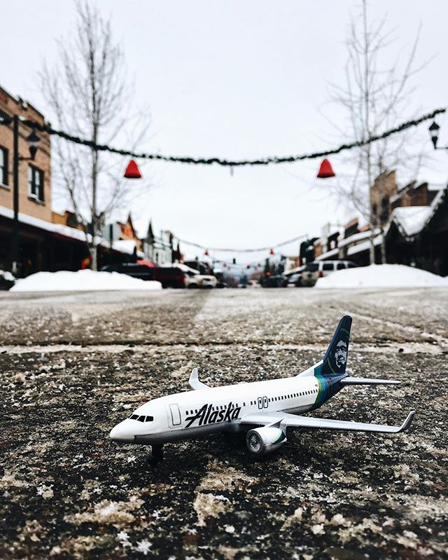 Hey folks! the time has come for us to board our plane and wrap up our weekend in Whitefish. Huge thanks to @alaskaair for inviting us to take this journey. We packed our weekend trip as full as we could and barely scratched the surface of this majestic part of the country! Thanks for following along!