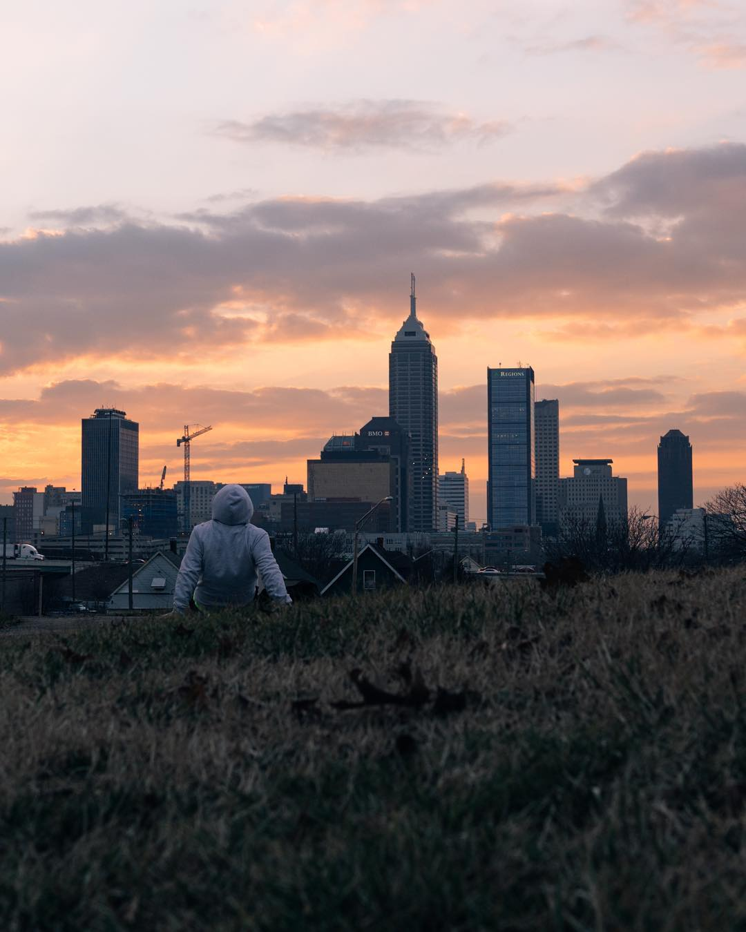 Signing off with my #localwanderer takeover of the best view to watch the sunset in Indy, Highland Park. Thank you #AlaskaAir for allowing me to showcase a small snippet of what Indy and Indiana has to offer.